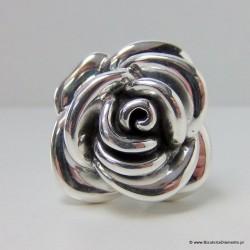 Srebrny pierścionek - róża
