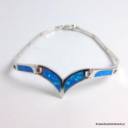Bransoletka srebrna z niebieskimi opalami