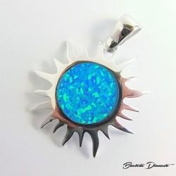 Srebrny wisiorek słońce z niebieskim opalem