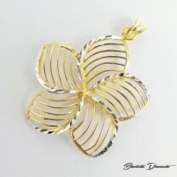 Srebrny wisiorek złocony w kształcie kwiatka