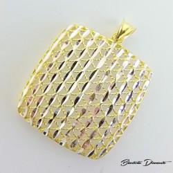 Kwadratowy wisiorek - srebro złocone