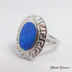 Owalny pierścionek z opalem. Grecki wzór K375