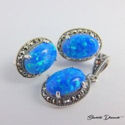 Komplet biżuterii z markazytami i opalami