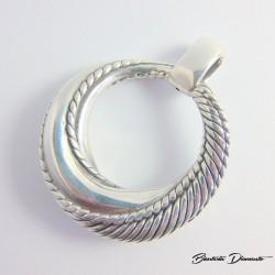 Okrągły wisior srebrny pr. 925