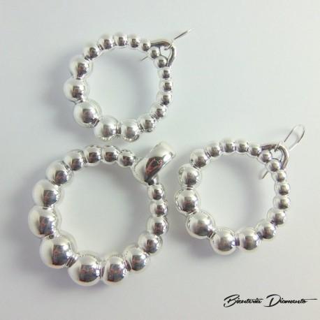 Komplet biżuterii okrągły wisior oraz kolczyki