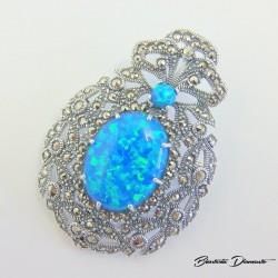 Broszko - wisior z niebieskim opalem