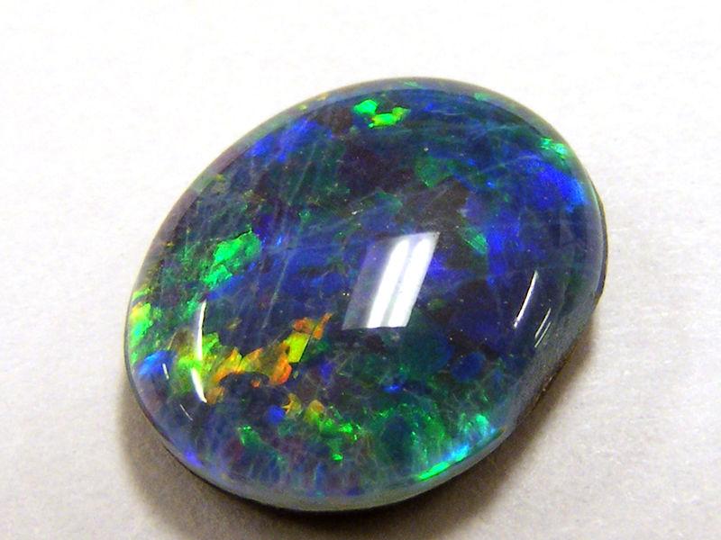 Opal australijski